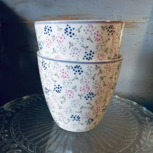 Stoneware Latte cup Ginny white