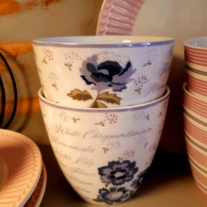 Stoneware-Latte-cup-Beatrice-white.jpg