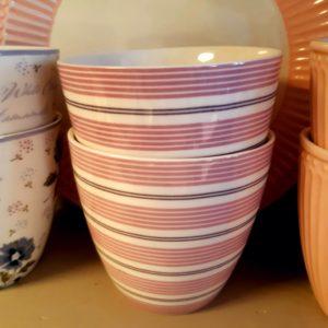 Stoneware-Latte-cup-Tova-lavender.jpg