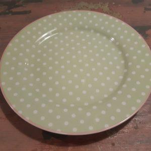Plate spot pale green