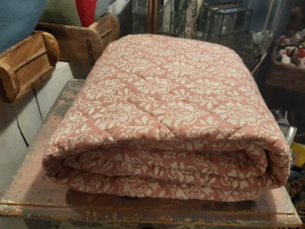 Quilt rosa orientalisch gemustert