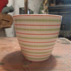 Latte cup Sari white