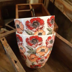 Stoneware Latte cup Aria white