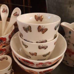 Stoneware Latte cup Maisie white
