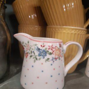 Stoneware Creamer Belle white
